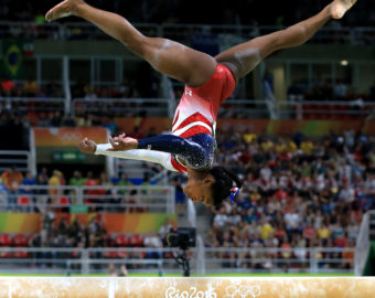 August 9, 2016 - Rio de Janeiro, Brazil - USA's SIMONE BILES on the beam in the Women's Team Artistic Gymnastics final in the Rio Olympic Arena at the 2016 Rio Summer Olympics. (Credit Image: Â Daniel A. Anderson via ZUMA Wire)  IGRZYSKA OLIMPIJSKIE OLIMPIADA FOT. ZUMA/NEWSPIX.PL POLAND ONLY! --- Newspix.pl *** Local Caption *** www.newspix.pl  mail us: info@newspix.pl call us: 0048 022 23 22 222 --- Polish Picture Agency by Ringier Axel Springer Poland