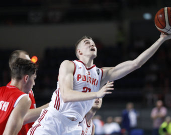 Torun, Arena 14.09.2016 KOSZYKOWKA  MEZCZYZN ELIMINACJE DO EUROBASKET 2017 PZKOSZ KADRA REPREZENTACJA KADRA MECZ Polska - Bialorus BASKETBALL EUROBASKET 2017 QUALIFIER GAME Poland - Belarus NZ tomasz gielo FOT. ARTUR PODLEWSKI / 400mm.pl / NEWSPIX.PL --- Newspix.pl *** Local Caption *** www.newspix.pl  mail us: info@newspix.pl call us: 0048 022 23 22 222 --- Polish Picture Agency by Ringier Axel Springer Poland